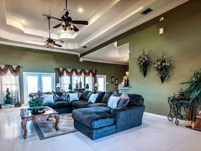 Luxurious house with 2 bedrooms in Foley