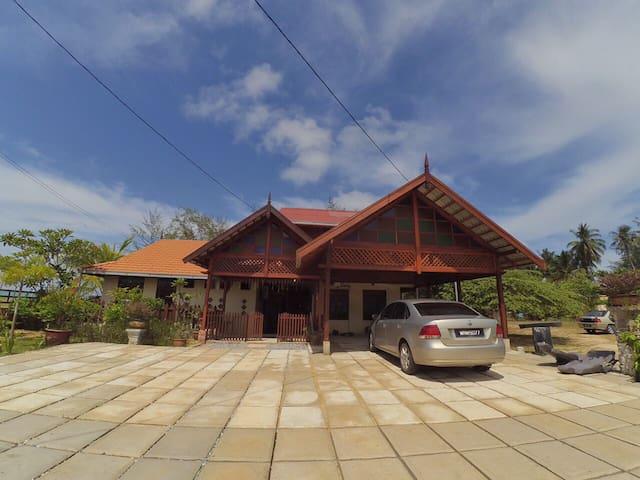 Zaki's Residence, Marang, Terengganu