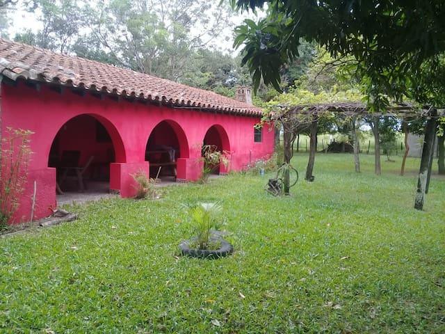 Alojamiento. Casa de campo en Isla Umbú
