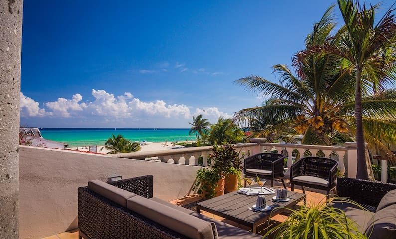 Villa Del Mar - Luxurious Beach Villa!