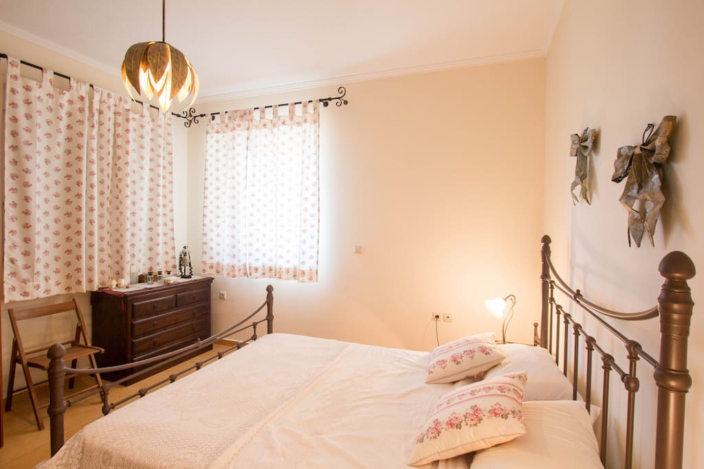 Cosy master bedroom with a queen sized bed for two people