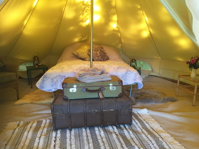 'Swallow' Luxury Bell Tent in the' Woodland Glade'
