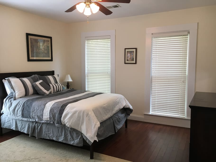 Master with Queen Bed: Guest Room 1