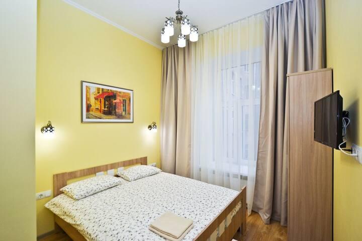 Уютная квартира в доме у воды. Канал Грибоедова.