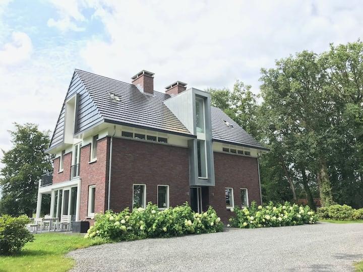 10-persoons landhuis hartje natuur: op 2,5 hectare
