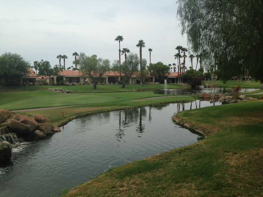 Palm Valley Country Club and Golf Course