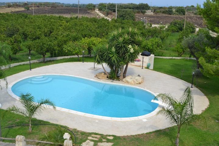 Villa Rosa con piscina privata