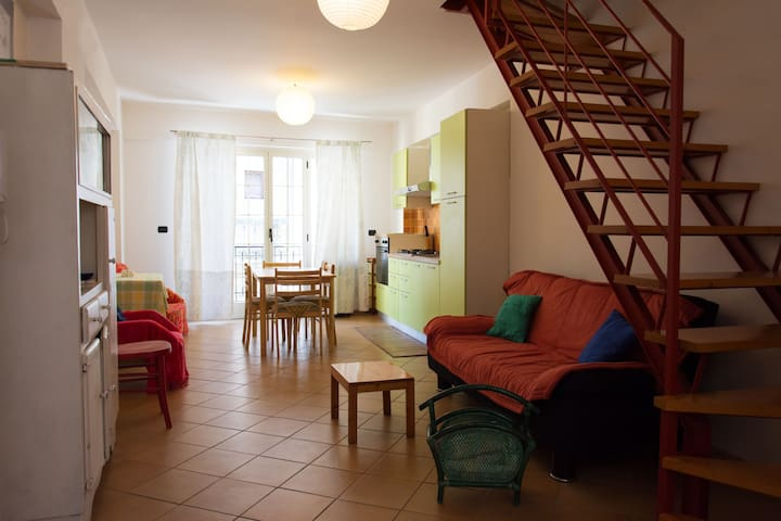 holiday house in Scilla, a lot of space and light