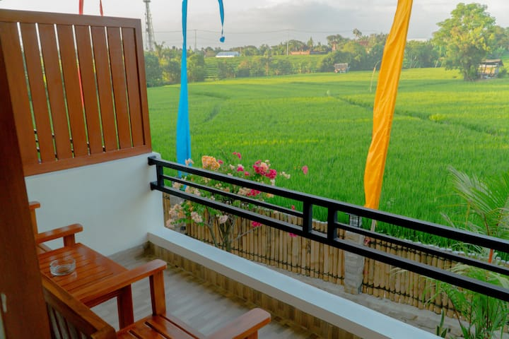 DeRose Guest House Room #7, Canggu - Bali
