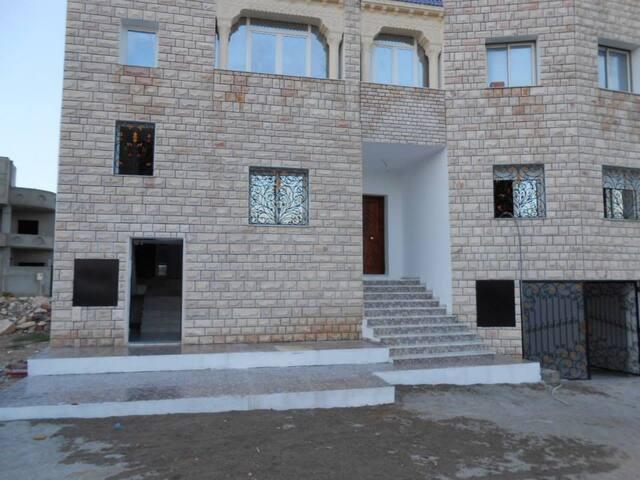 Appartement calme à Salakta (El hajeb)
