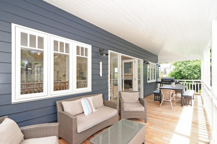 This Is It :: Jervis Bay Rentals