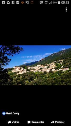 Olivese, logement avec jardin  Corse du sud