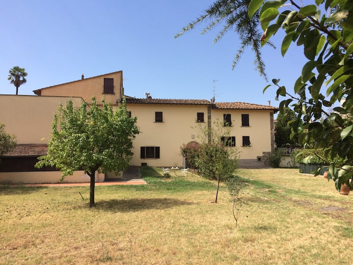Villa Maria at Florence border(room 1)