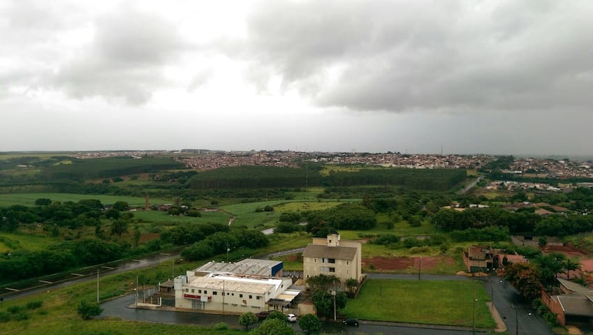 Apartamento Inteiro - Lençóis Paulista   - Pis