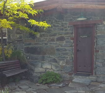 Hand-Crafted Stone Cabin Suite w/Private Patio.