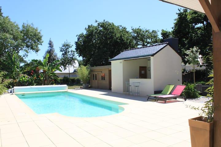 Kitchenette,piscine,plageà800m,extR pasencore fait