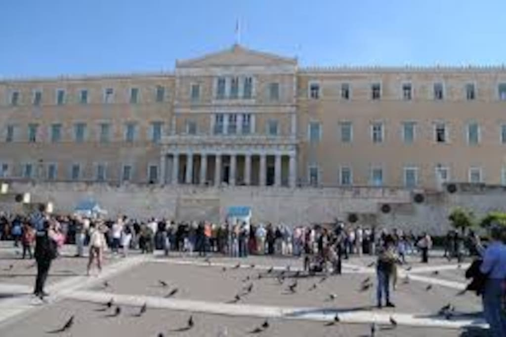 Greek Parliament, one of the most popular sights of Athens, just 200m away from the apartment.