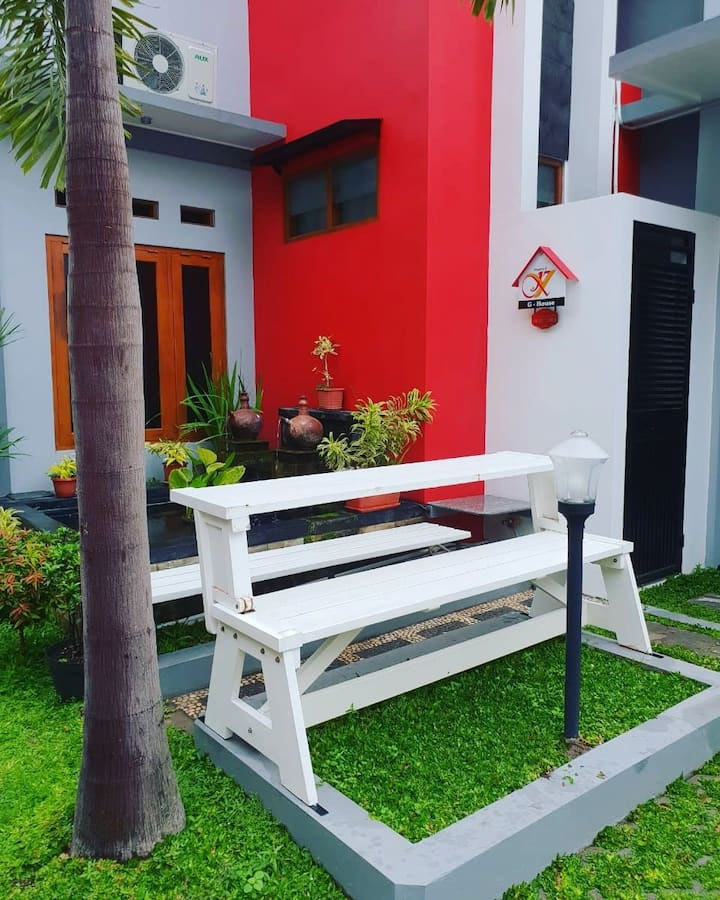 KY Guest House - at Jogja City Centre