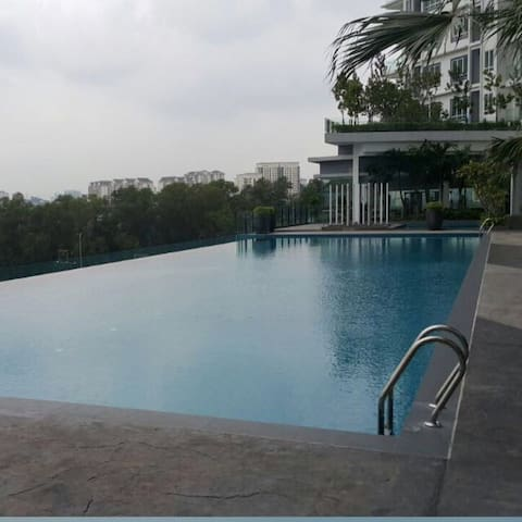Entire apartment in Desa Green Condominium+Parking - Kuala Lumpur - Condominium