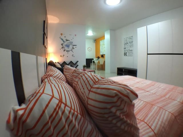 rooms in the city center/near mrt - Bangkok - Apartemen