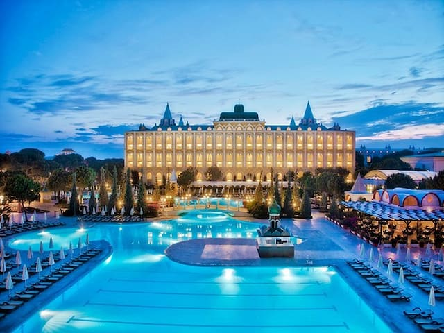 ASTERIA KREMLIN PALACE BUNKBED ROOM-ALL INCLUSIVE