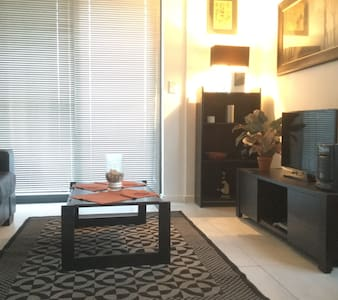 Flat (one bedroom) in CBD - modern - Apartment