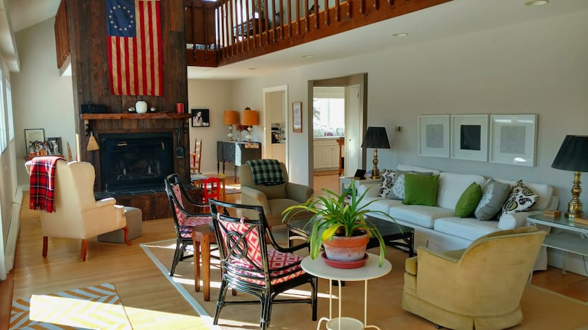 4-Season Berkshires Country Escape - Canaan - Rumah