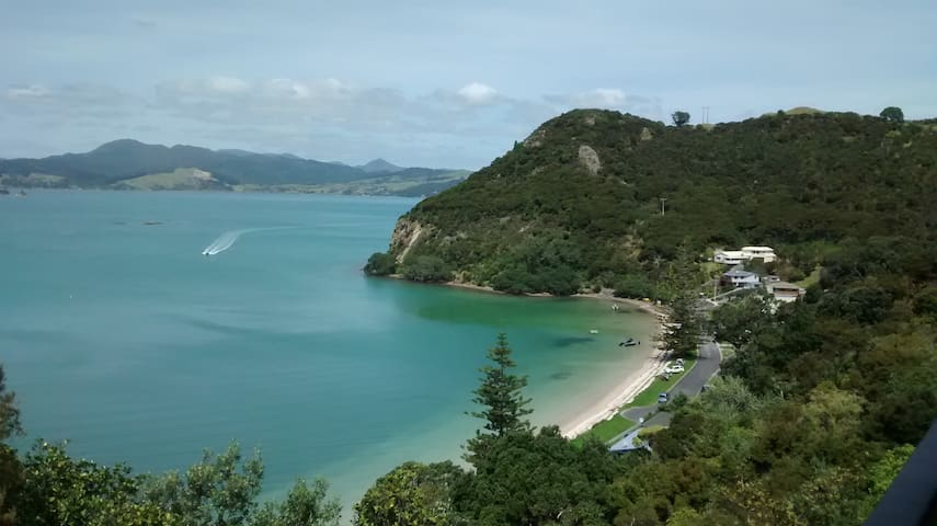 The Copper House - Wyuna Bay, Coromandel