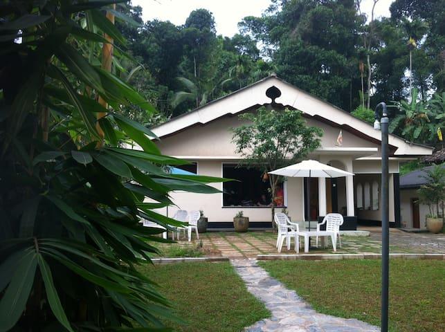 Avinka Villa in Kandy