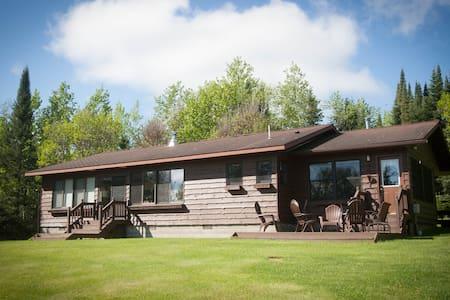 Bayside Fish Camp & Family Retreat - Crane Lake