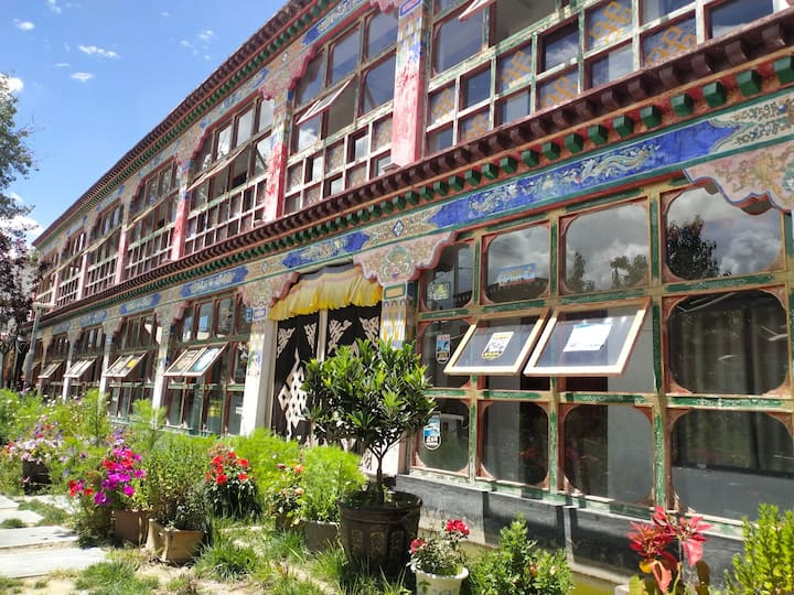 两室三床房2 拉萨河边8844独栋民宿(有两个房间)
