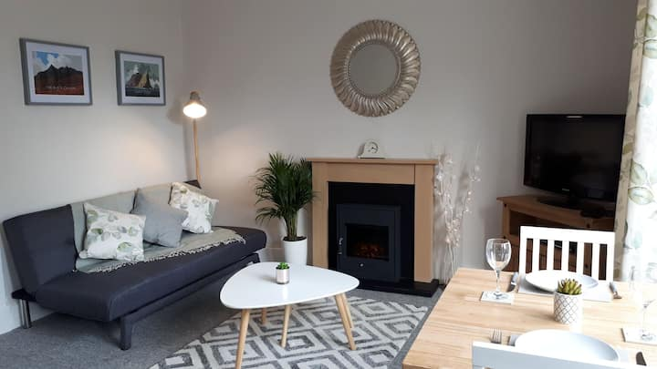 City centre flat near River Ness - Free Parking