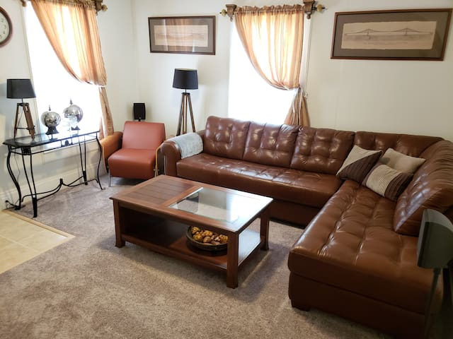 ★Cozy Renovated 3BR House★ Near Uptown & Panthers