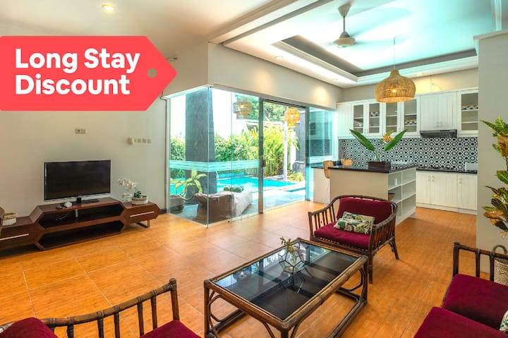 Chic Villa in The Heart of Seminyak | BIG PROMO!