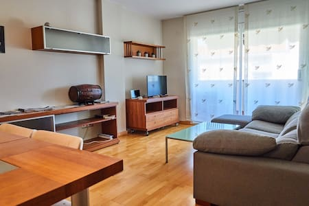 Spacious apartment with parking and swimming pool