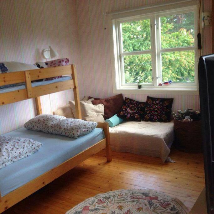 Children bedroom 1 ,3 beds