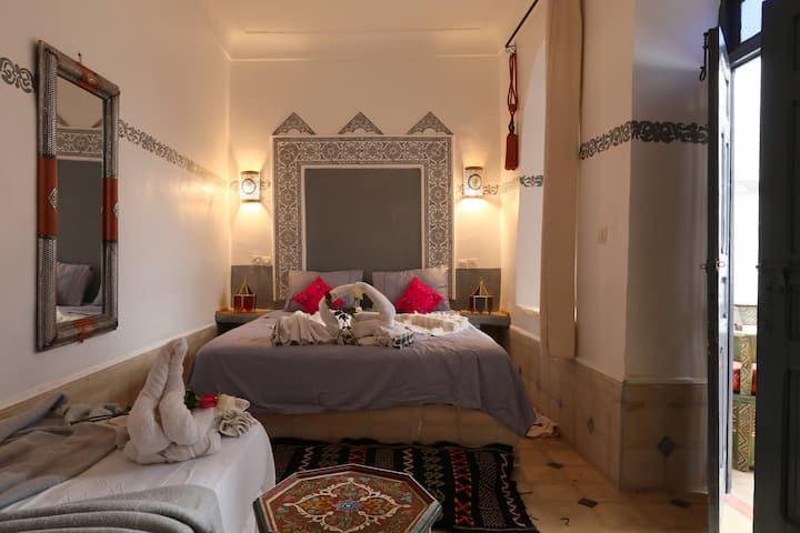 Medina:Tranquil Retreat-Derb kabir