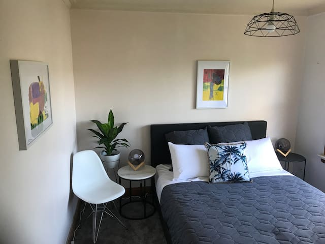 Bedroom 1 for (3-4guests)