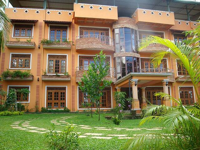 Mount House Hotel Apartments - Dikwella - Apartment