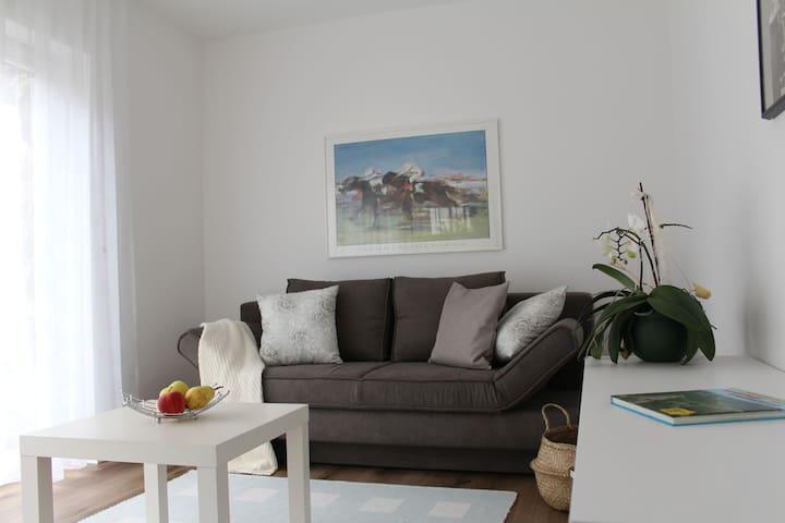 Ferienwohnung Madeleine, (Donzdorf), Ferienwohnung, 37qm, Terrasse, 1 Schlafzimmer, max. 2 Personen