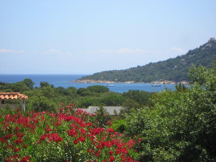 Villa 110 Santa Giulia Palace sea view beach walk