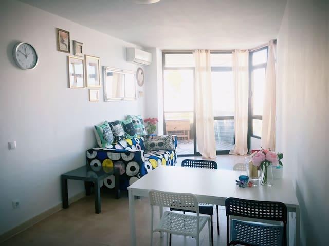 马略卡岛商业区海景套房整租