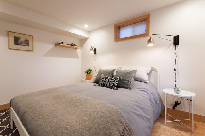 Cozy modern mid-century pied-a-terre - Portland - Huoneisto