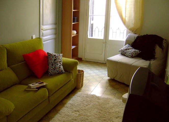 Individual bedroom in Gracia