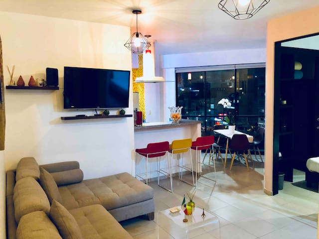 nice apartment with excellent location Del Valle.