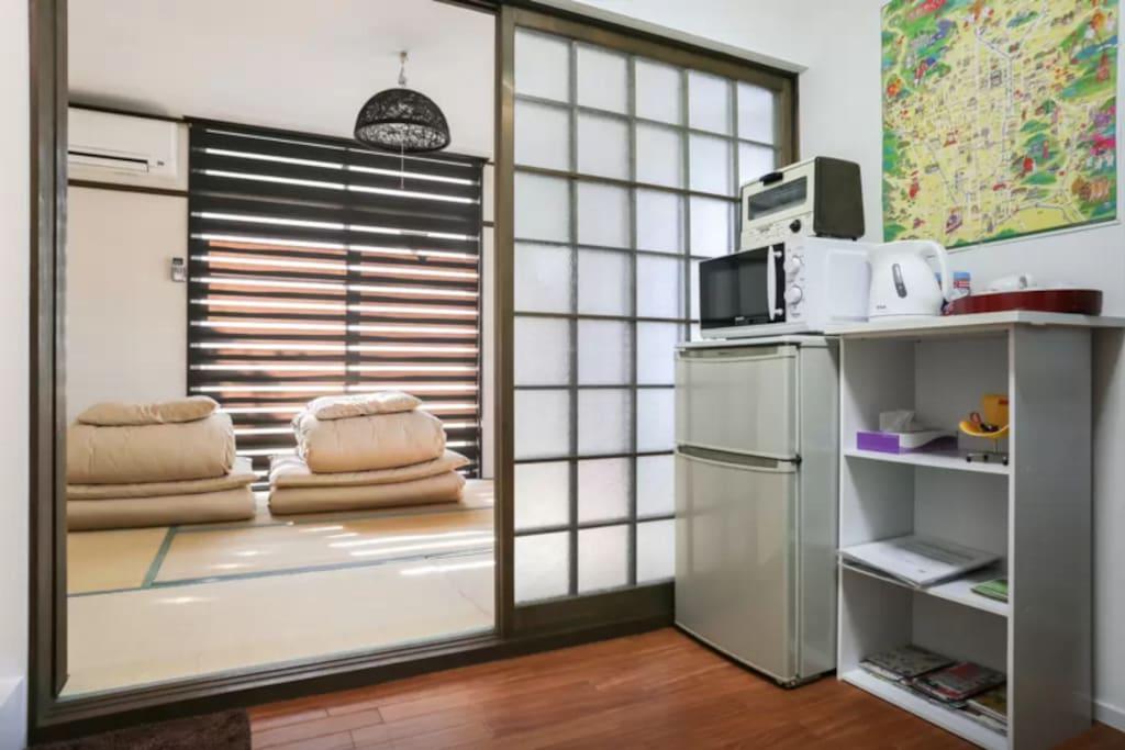一目了然一房一厅日式公寓,两个阳台光线充足