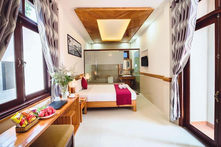 Double room - Riverside plum garden homestay