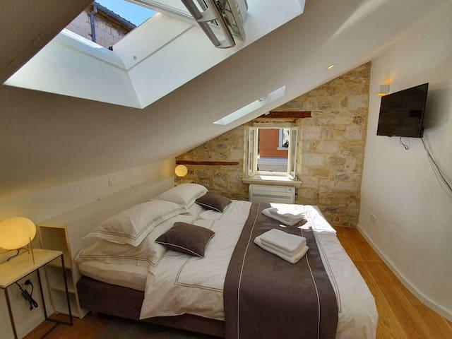 Split center - Rooftop double room