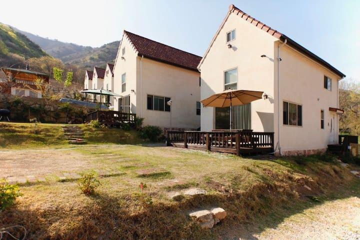 Benehill in Ulsan (B) - Sangbuk-myeon, Ulju-gun - Villa