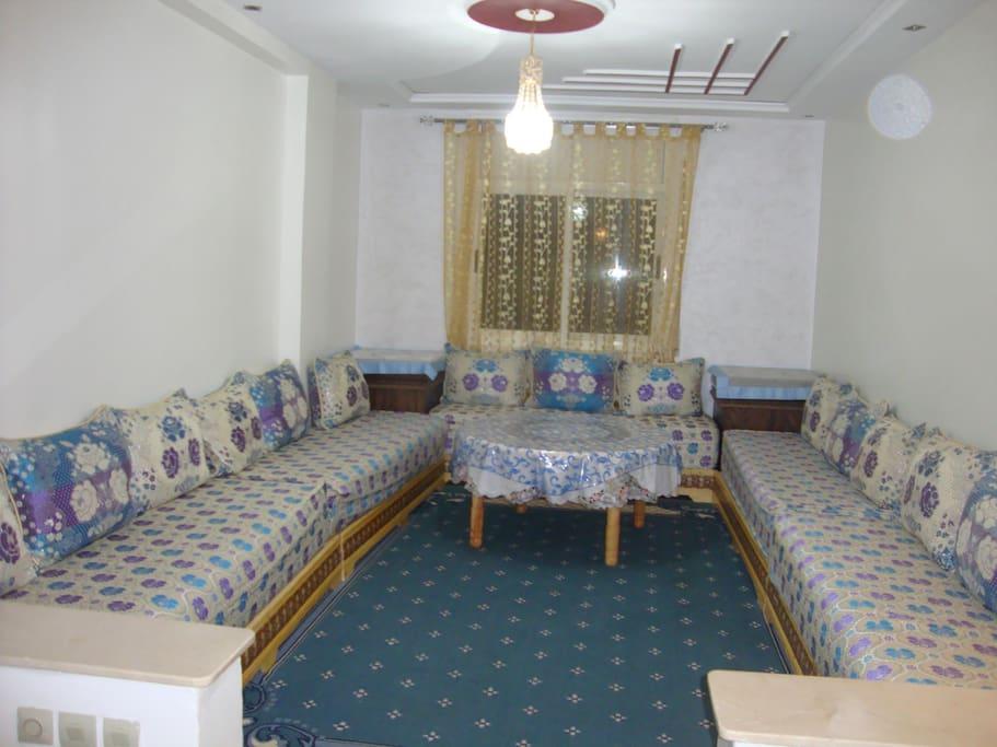 bel appartement meubl appartements louer oujda oriental maroc. Black Bedroom Furniture Sets. Home Design Ideas